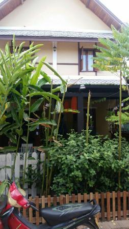 Golden Lotus Place Photo