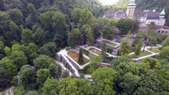 Lillafured, Ungern: Terraced gardens