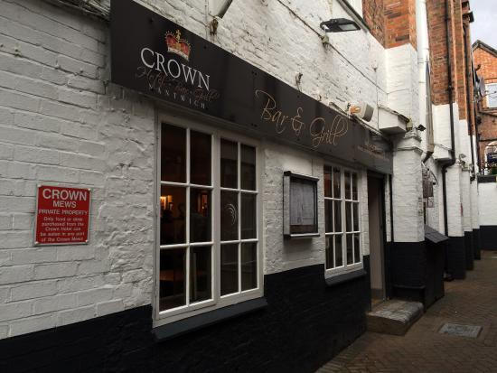 The Crown Hotel: Exterior of new Crown Bar and Grill
