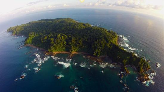 Dominical, คอสตาริกา: A great arial view of Cano island