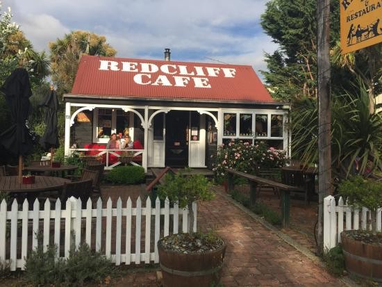 Redcliff Restaurant & Bar