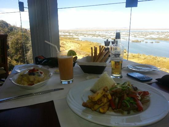 Libertador Lake Titicaca: Muy buena comida y una gran vista