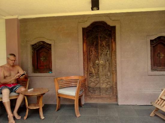 Tirta Arum Guest House: IMG_20151004_111058_large.jpg