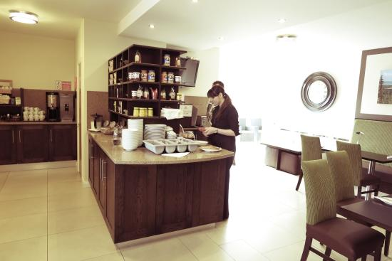 Strandhill Lodge and Suites Hotel Photo