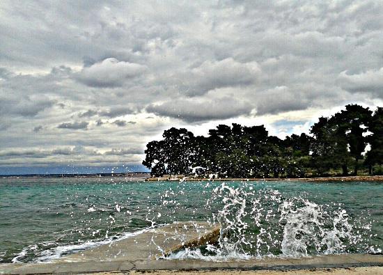 Preko, Croacia: Waves