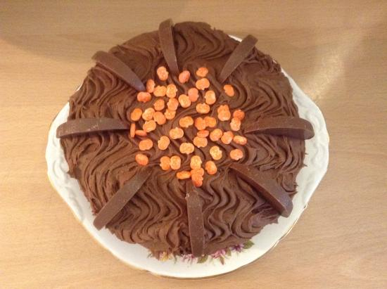 St. Peter, UK: Delicious Chocolate Cake