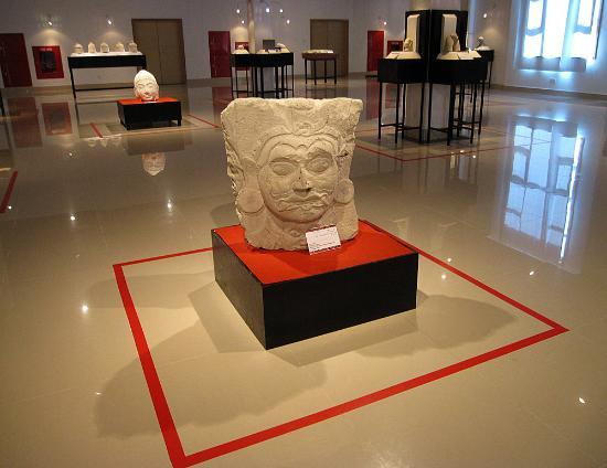 National Museum: Экспонаты