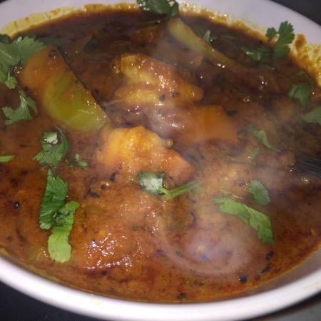 Tandoori mixed grill and Achari pork curry - マンチェスター ...