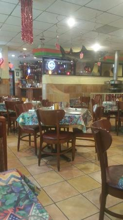 Harwood Heights, IL: Ambiente agadable!! Delicius mexican food