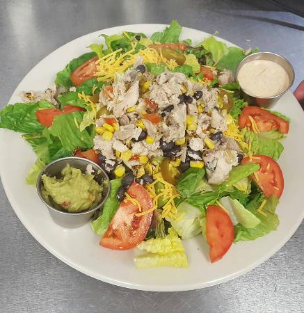 แคลร์, มิชิแกน: Delicious Salads!