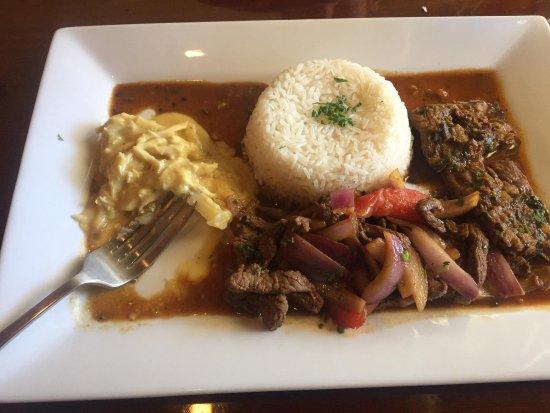 Aji Peruvian Restaurant: photo0.jpg
