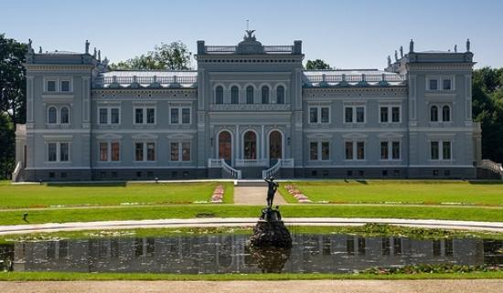 Plunge, Lithuania: Plungė manor in summer