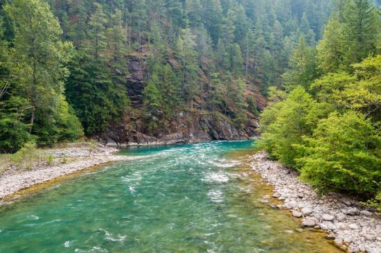 Newhalem Visitor Center: Skagit River at Newhalem