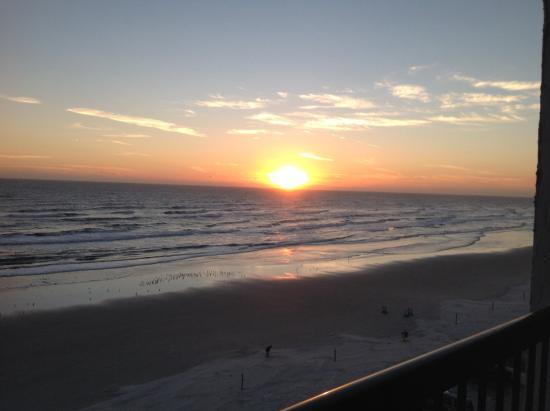 Tropical Winds Oceanfront Hotel Daytona Beach Fl
