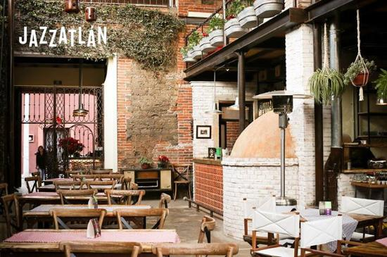 Jazzatlan Club de Jazz & Brewpub
