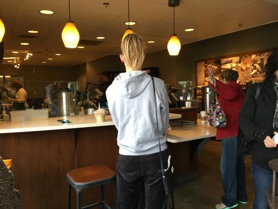 """Los Gatos, Califórnia: """"Waiting for coffee drink order"""""""