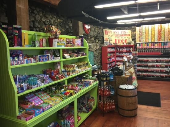 Candy Wall at the Candy Kitchen in City Market - Picture of ...