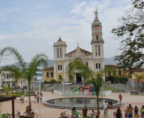 Bom Jesus do Itabapoana Rio de Janeiro fonte: media-cdn.tripadvisor.com