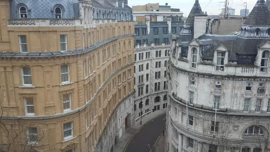 Citadines Trafalgar Square London: 20160121_084127_large.jpg