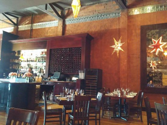 Upscale Dining Area Near Front Of Restaurant Zinc Wine Bar Bistro Fabulous Brunch