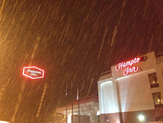 Marion, North Carolina: Safe & comfortable place to stay in a winter storm & avoid the roads