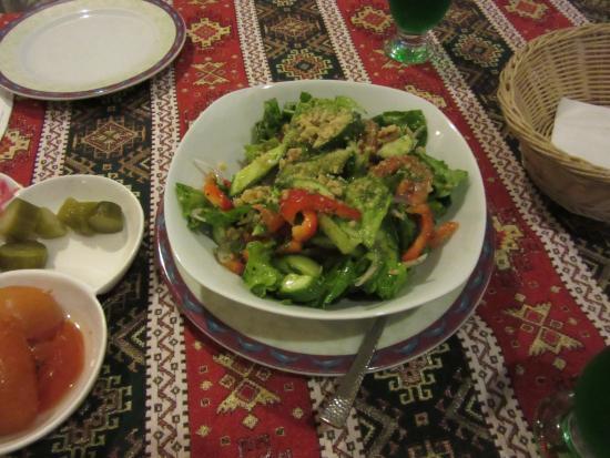 Bat Yam, Israel: салат Дила