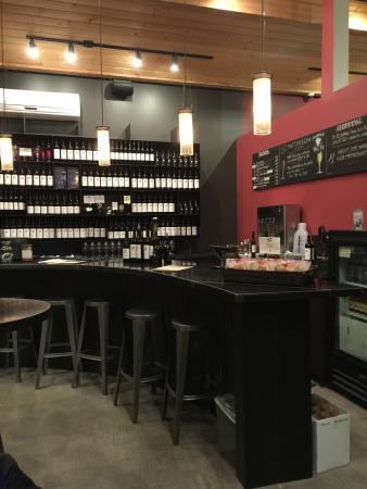 Woodinville, WA: Tasting Room Bar