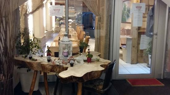 Linh Trung Restaurant
