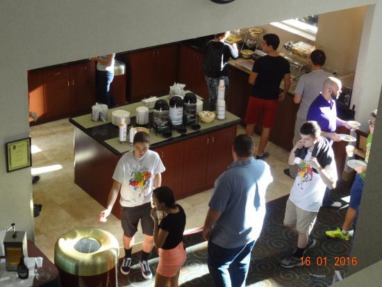 Quality Suites Lake Buena Vista: Café da manhã
