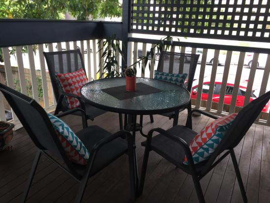 Bowen Terrace International Accommodation: Top Deck
