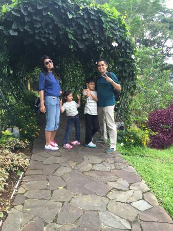 R Hotel Rancamaya Golf Resort Photo