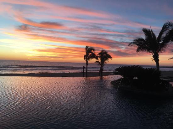 Sol Pacifico Cerritos ภาพถ่าย