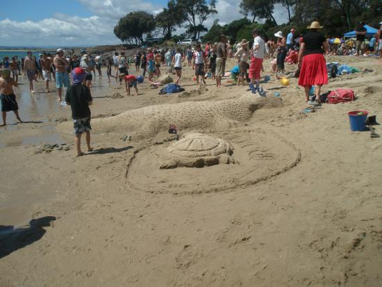 Bridport, ออสเตรเลีย: Sand sculpting at Australia Day Splash