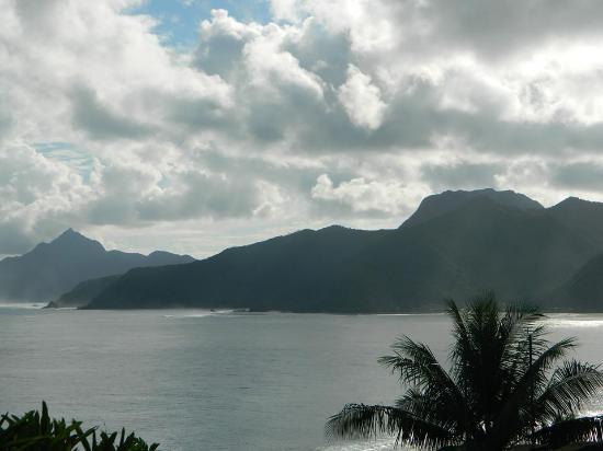 Pago Pago, Samoa Americana: Dramatic coastline
