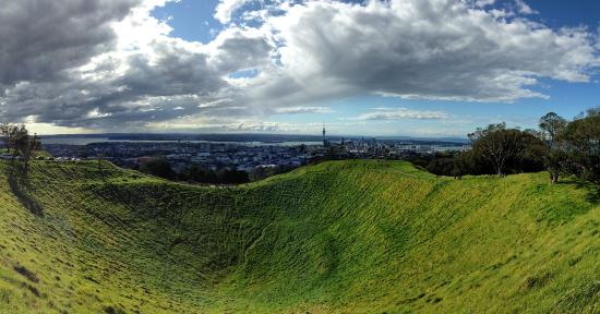 Auckland Volcano Tours