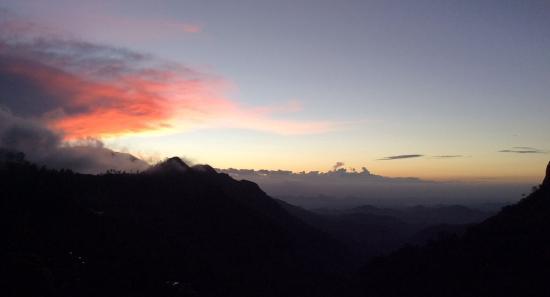 The Mountain Heavens: Solopgang