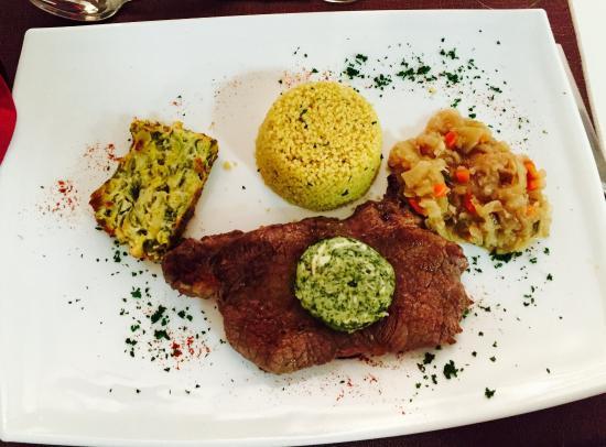 Photo de restaurant le pixel besan on for Repas entre copines
