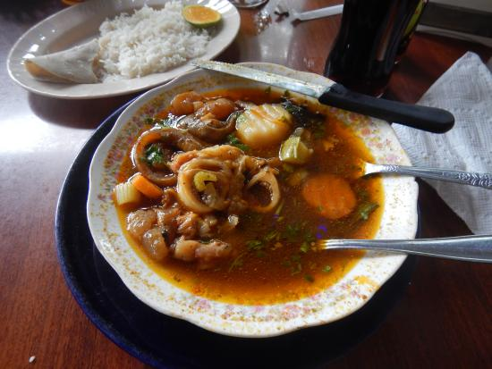 San Jose Succotz, Belice: Cow Foot soup