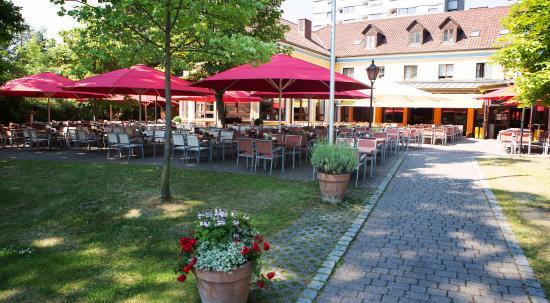 Barfüßer Hausbrauerei Neu Ulm Paulstrasse 4 Restaurant