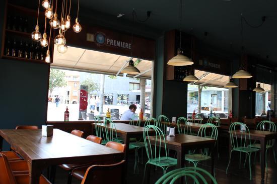La Premiere Restaurant