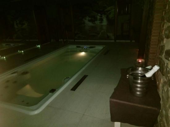 Cabuerniga, İspanya: Esto era el spa. Muy pequeño