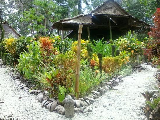 Munda, Islas Salomón: Titiru Eco Lodge