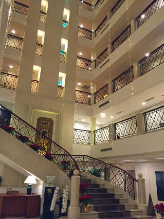 Imperial Hotel Taipei: ホテル吹き抜け