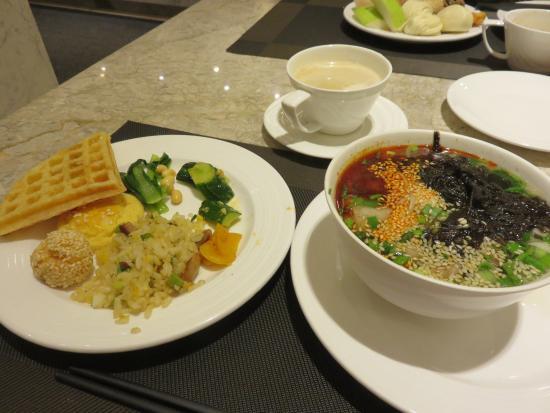 Lanzhou, China: 朝食ビュッフェ