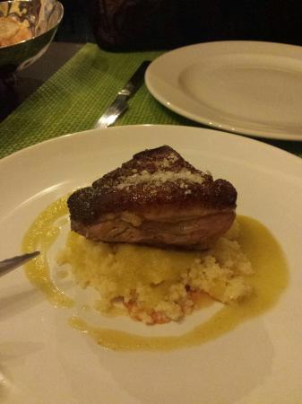 Salgadoiro Gastroteca: Magret de pato con cous cous
