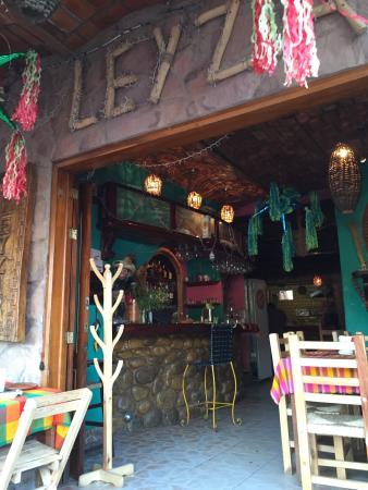 Leyza Restaurant Bar : Snacks at Leyza
