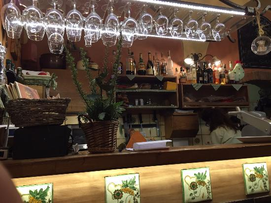 La Fett'Unta: Bancone ristorante