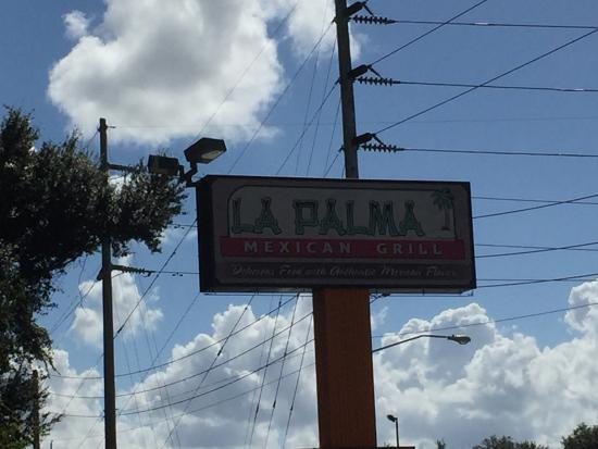 La Palma Mexican Grill: Noon lunch specials