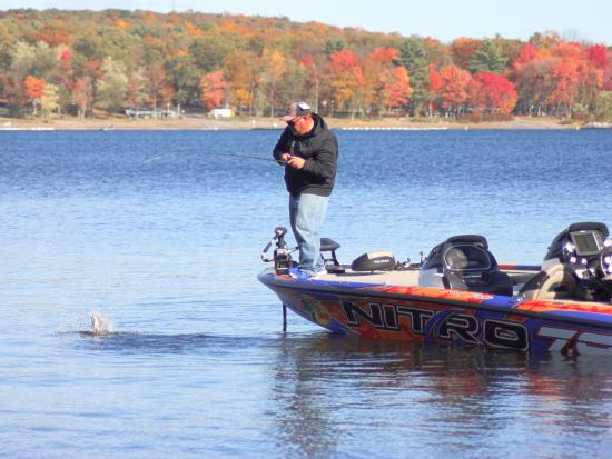 Pocono Mountains Region, PA: Small Mouth Fishing in October on Lake Wallenpaupack
