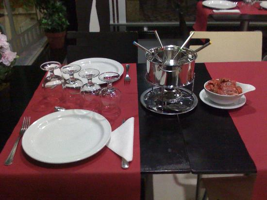 Marinha Grande, Португалия: fondue le filme cafe